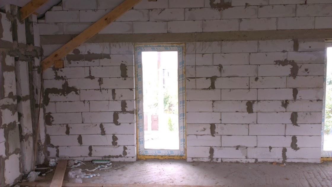 Стены дома из газобетона