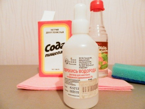 Уксус, сода, лимонный сок — самый простой рецепт средства для очистки швов между плитки
