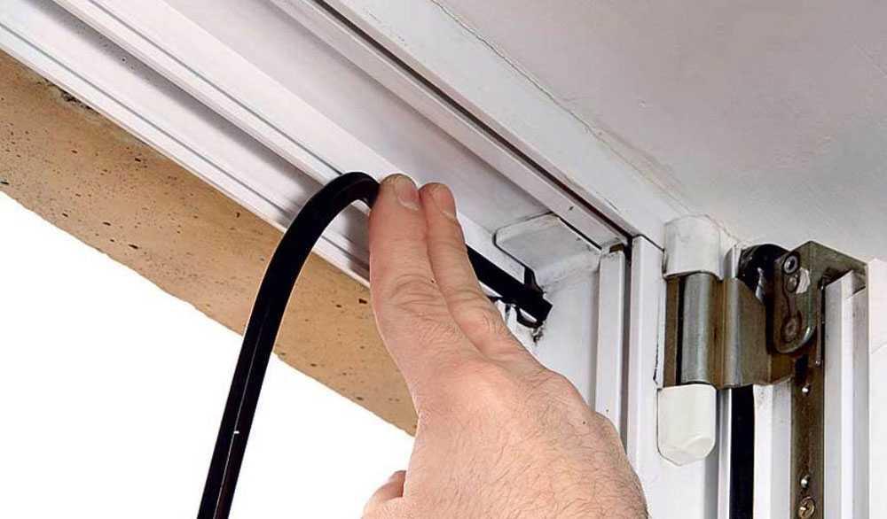 Резиновый уплотнитель на балконную дверь за 1300.00 руб. от .