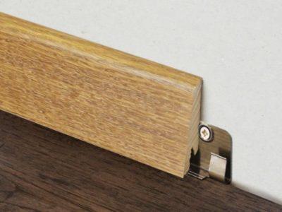 Крепление деревянного плинтуса на специальный крепеж