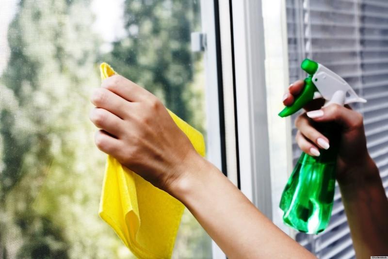 Мытье окон ПВХ