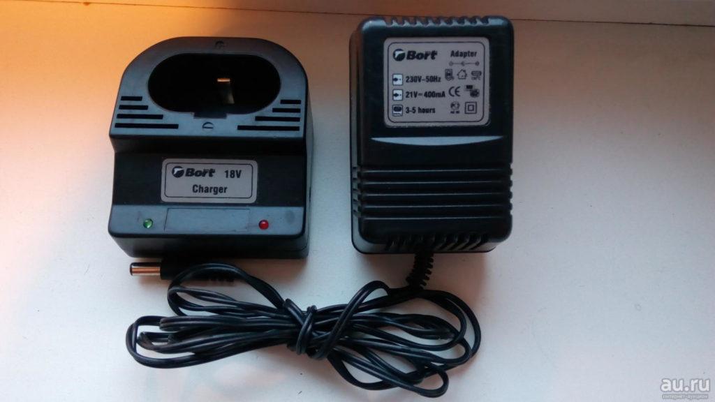 Выносное зарядное устройство с индикаторами