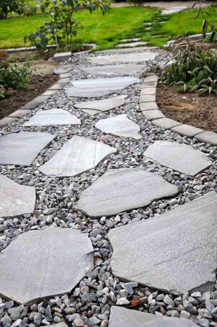 Дорожка из камня и щебня