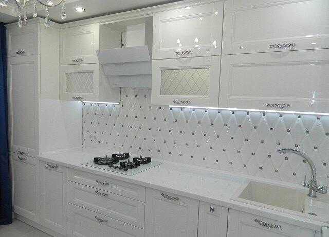 Кухонный фартук из фигурных плиток