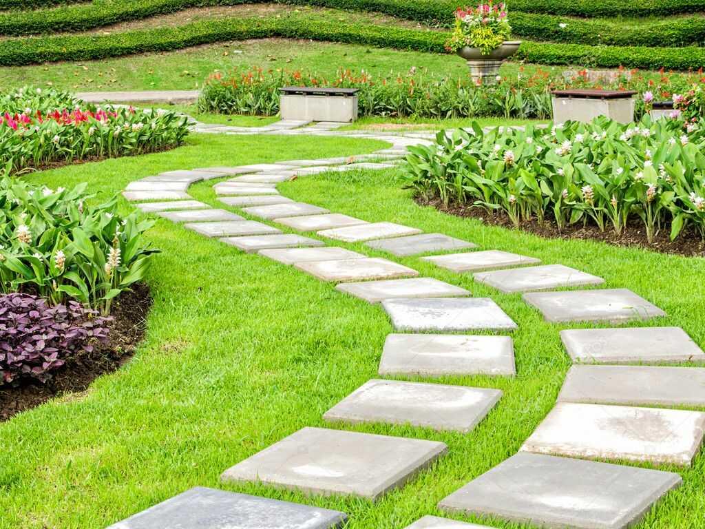 Плитка для дорожек в саду
