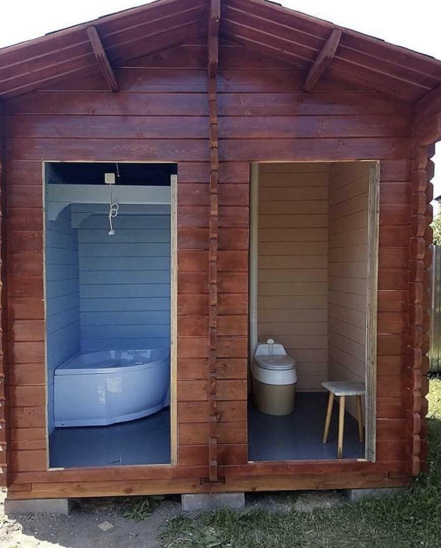 Туалет с душем для дачи