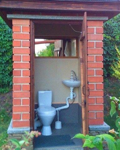 Зачем на даче нужен туалет