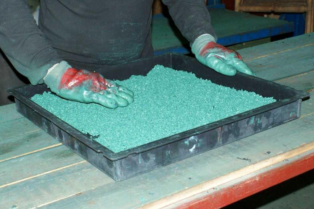 Изготовление плитки из резиновой крошки