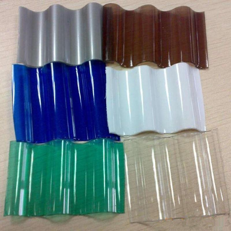Как выглядит «пластиковый шифер»?