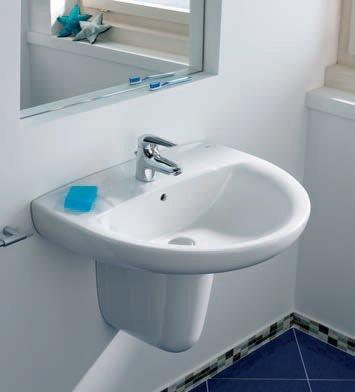 Подвесная раковина в ванной