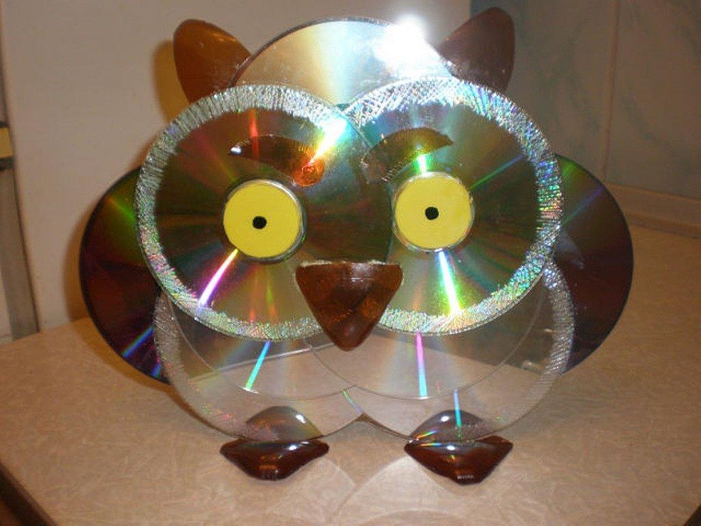 Сова из CD-дисков